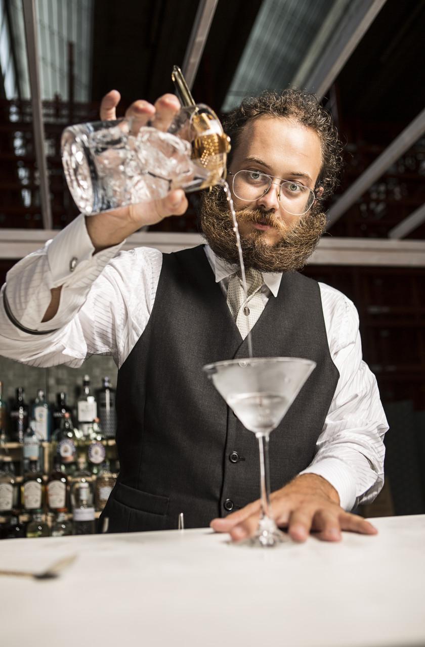 Arbiter: Gin Gin