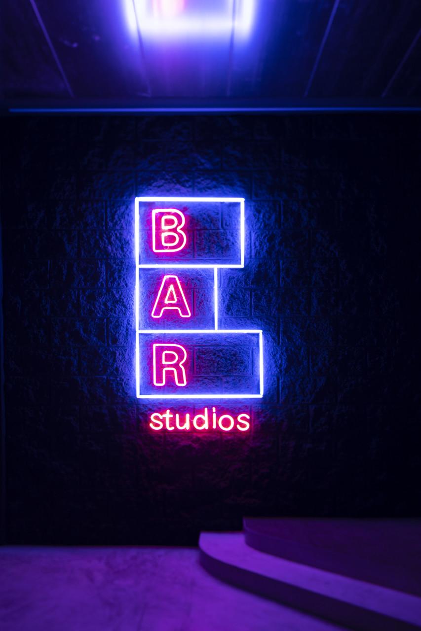 BAR STUDIOS